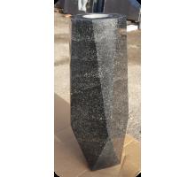 Квадратная ваза №4 Карельский гранит